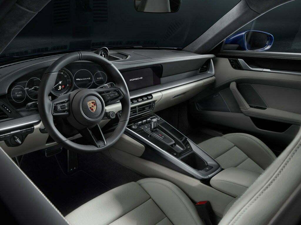 Porsche 911 GT2 interior